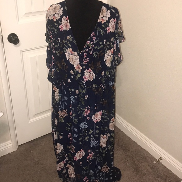 Maurices Dresses & Skirts - NWT maurices Navy Blue with flowers dress
